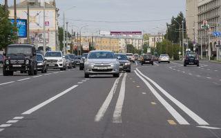 Разворот на перекрестке со светофором — ПДД