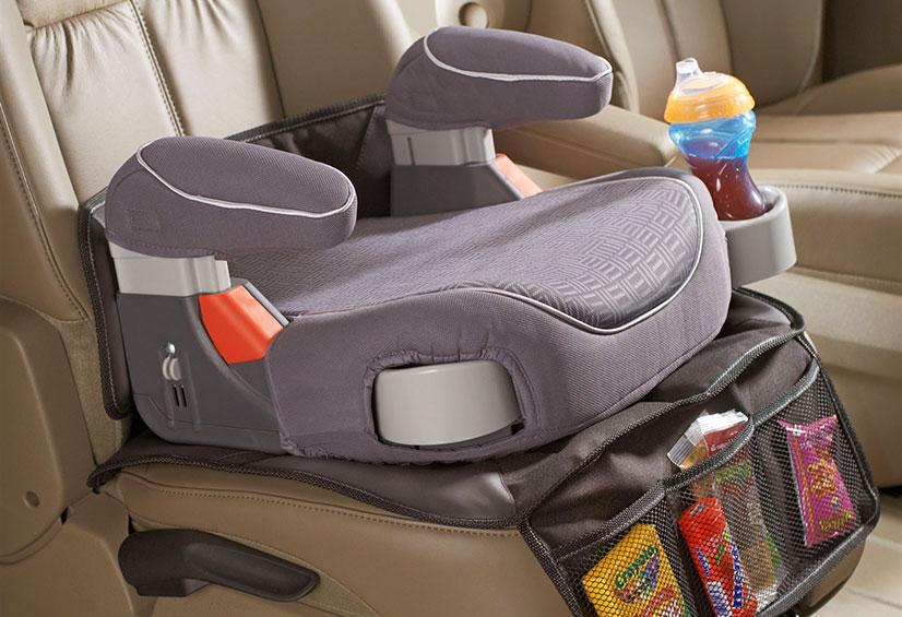 Бустер для детей в автомобиль - как правильно выбрать и установить?