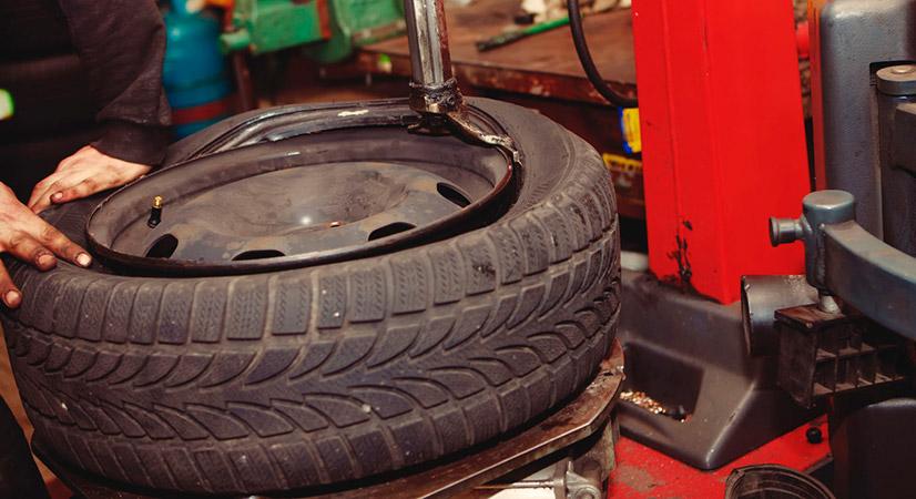 Когда менять резину на машине с летней на зимнюю и наоборот?